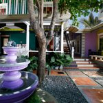 Photo de Purple Fountain  Inn