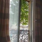 Photo de Hotel Plaza Elysées