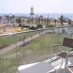 La terrasse vue sur la mer
