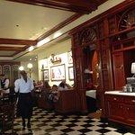 Photo de Tony's Town Square Restaurant