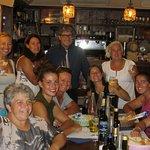 Alberto con le campionesse di Voga.