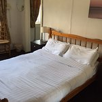 Nice rooms with crisp, fresh bed linen! Lovely restaurant and bar to dine and relax in.