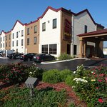 Foto de Red Roof PLUS+ & Suites Chattanooga - Downtown