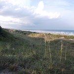 Oceanfront Litchfield Inn Photo