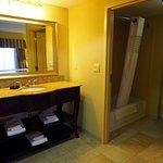 Room 401; Bathroom