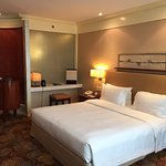 New World Manila Bay Hotel Photo