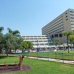 Фото отеля с детской площадки