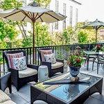 Seasons Restaurant Terrace