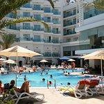 Photo de Blue Bay Platinum Hotel
