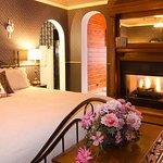 Queen Anne's Suite
