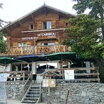 Hotel le Caribou is a short walk from the Paganon bus stop and the centre of Alpe d'Huez