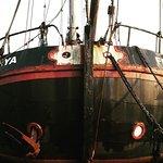 إحدى السفن في المدينة