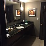 large mirror and two sinks (one in washroom area and one in bar area) means less fighting!