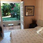 Photo de Hotel les Mazets des Roches