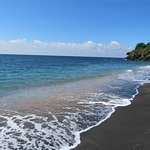 Amed beach, 1 minute walk from Bayu Cottages.