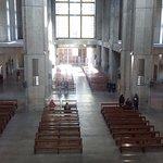 Vista del interior del Santuario desde el primer piso