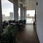 Photo de Oasia Hotel Novena, Singapore by Far East Hospitality