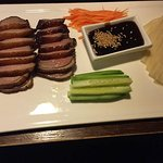 Roast Duck Breast (Served with Cucumber, carrot and Mandarin Pancakes, 8pcs, Peking Sauce)
