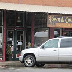Oakland's Town & Country Coffee Cafe