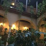 Photo de Hotel Patio de las Cruces