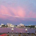Photo de Delta Victoria Ocean Pointe Resort and Spa