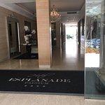 Photo de The Esplanade Hotel