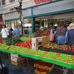 Foto de Old Monterey Farmer's Market