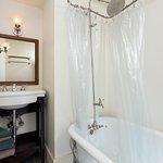 The Denot Suite Private Bath