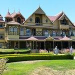 Foto di Winchester Mystery House