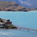 Hosteria Lago Pehoe. Torres de Paine