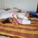Photo de Bajondillo Apartments