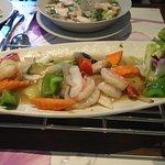 Scampi mit Gemüse, leider fad und wenig Scampi