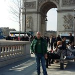 Big love in beautiful romantic Paris
