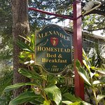 Alexander Homestead B&B