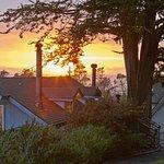 Photo de Dennen's Victorian Farmhouse