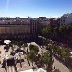 Photo de ME Madrid Reina Victoria