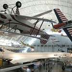 Smithsonian National Air and Space Museum Steven F. Udvar-Hazy Center