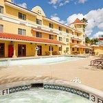 Photo de Holiday Inn Express San Diego - Escondido