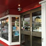 Front entrance to cafe off main street in Huonville.