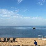 Zdjęcie Madison Beach Hotel, Curio Collection by Hilton