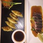 Mezzanine Bar & Restaurant Foto