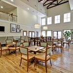 Photo of Hampton Inn & Suites Charleston /  West Ashley