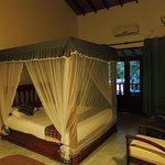 camera dotata di zanzariera , ventilatore e aria condizionata ( se acquistate la camera con aria