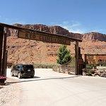 Red Cliffs Lodge Photo