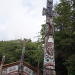 Clan House and totem pole at Totem Bight State Historical Park, Ketchikan