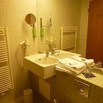 Bad mit Handtuchwärmer + Fön
