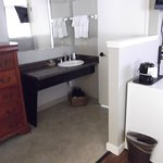 Bigger bathroom with a bath in the suite