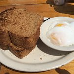 poached eggs with homemade wheat bread