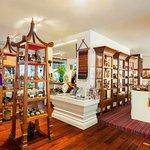 RatiLanna Gallery Shop