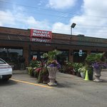 Great produce, flowers, and gifts!
